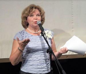 Надежда Стрелкова исполняет стихи Ирины Шухаевой. Творческий вечер. Май 2013